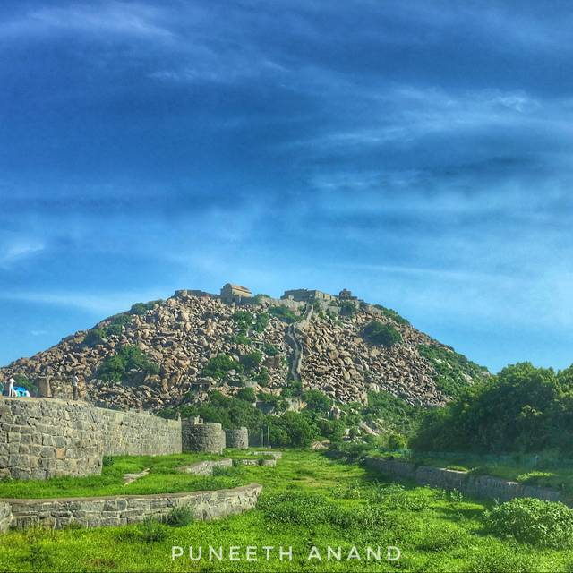 Puneeth Anand,India,Tamil Nadu,Gingee,Gingee,undefined,Pondicherry-A Roadtrip to Remember!,gingee-fort-puneeth-anand-216739f76f-0-of-8