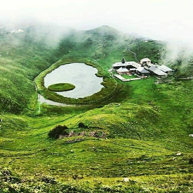 Shreyash Shah,India,Himachal Pradesh,D.P.F. Parashar Dhar,D.P.F. Parashar Dhar,undefined,The beauty of Parashar lake,prashar-lake-shreyash-shah-267f558b06-0-of-2