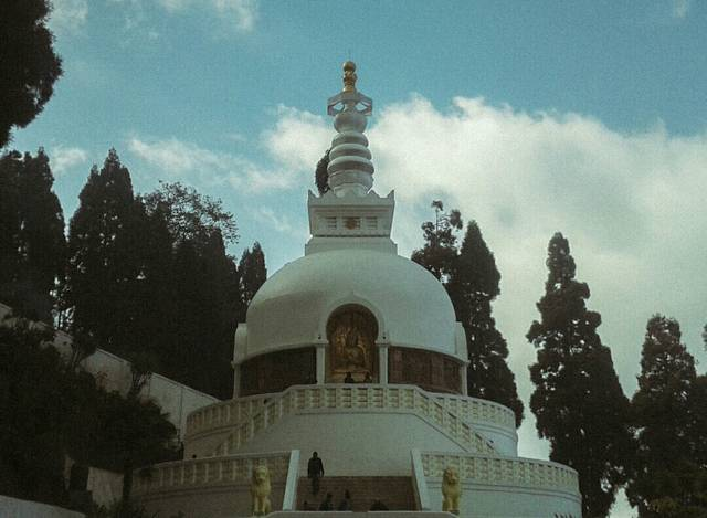 Ritwik,India,West Bengal,Darjeeling,West Point,undefined,When you go there you will feel some positive energy in you,darjeelling-peace-pagoda-ritwik-0266eee2f7b-0-of-1