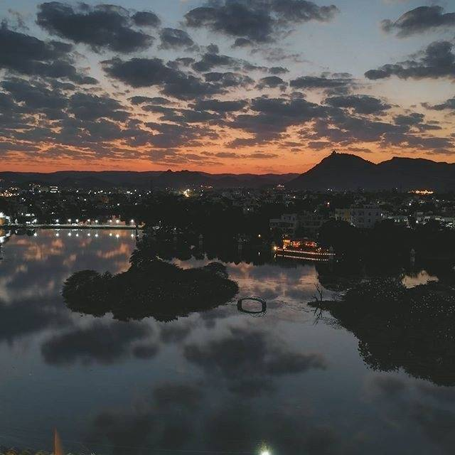 Parth Jain,India,Rajasthan,Udaipur,Udaipur,undefined,The city of Lakes,udaipur-parth-jain-ca27ea6a28-0-of-6