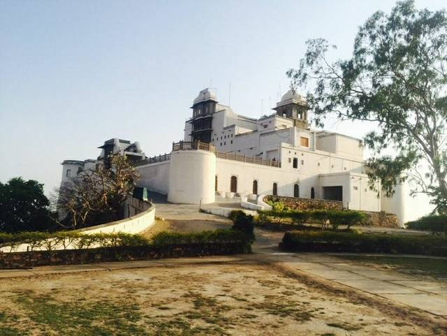 Monsoon Palace, Sajjan Garh