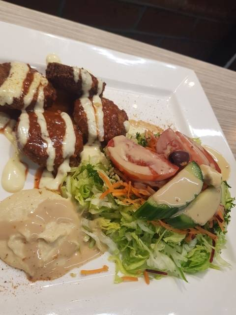 Betsia Kebabs & Chargrilled Burgers