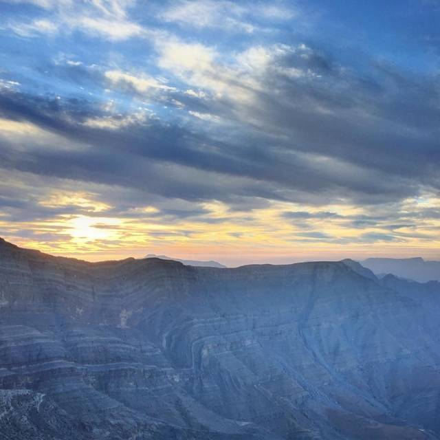 flying-above-uae-on-a-bare-rope-the-world-record-longest-zipline-3-kms-jebel-jais-flight-6a51423ff844