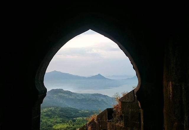 day-1-of-exploring-forts-the-colossal-fort-of-lohagad-6e113a666c07
