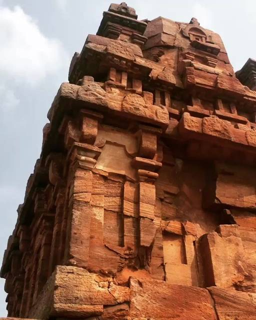 a-day-spent-amidst-the-notorious-monkeys-of-badami-caves-e2712c8ee700